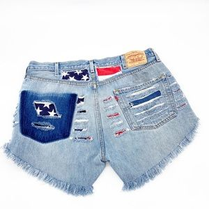 High Waisted Vintage Levi Cut Off Shorts